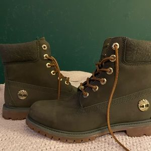 Women's dark green timberland boots